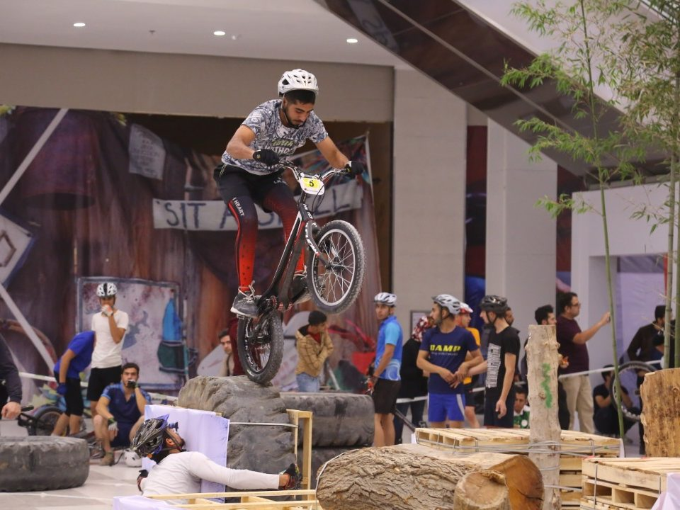 دوچرخه سواری تریال اکومال